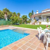 Amazing home in El Santiscal with Outdoor swimming pool, WiFi and 5 Bedrooms