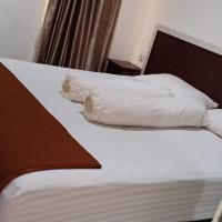 Fidelia Homestay Palu, hotel in Biromaru