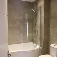 4 bed apartment in city centre with free WiFi