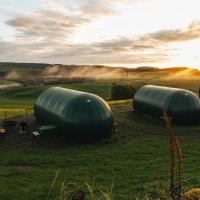 Hillhead Farm Luxury Glamping Pods, Dumfries, Scotland, hotel in Dumfries