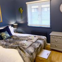 The Nook - Canterbury - Free Parking - Super Fast Wi-Fi, hotel in Canterbury