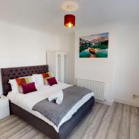 St John's House - 3 Bed Ensuite Rooms