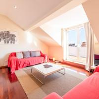 GuestReady- Rare apt w terrace in the historic center and tagus river view