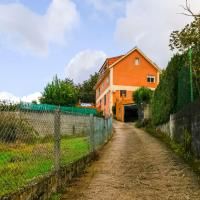 Vibrant Holiday Home in the natural heart of Redondela, hotel near Vigo Airport - VGO, Redondela