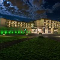 Holiday Inn Warsaw Józefów, an IHG Hotel – hotel w mieście Józefów