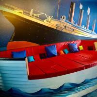Rose Titanic Belfast romantic world, hotel near George Best Belfast City Airport - BHD, Belfast