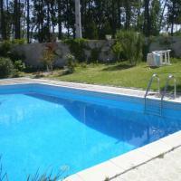 Estúdio com piscina em Fanhais, Nazaré by iZiBookings