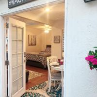 Private Guesthouse in Sherman Oaks