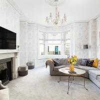 5 Bedroom Stunning Central Townhouse- Perfect for groups