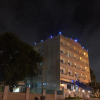 Maple Leaf Hotel, hotel in Accra