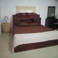 kevin guest house 2, hotel in Kampot