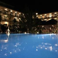 Padadita Beach Hotel, hotel di Waingapu