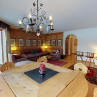 Abitaziun Trais Tschiervs D5 - Champfèr, hotel in Champfer