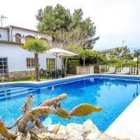 Villa with 4 bedrooms in Rocallisa, with wonderful mountain view, private pool, enclosed garden - 8 km from the beach