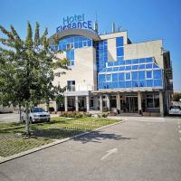 Hotel Elegance, готель у Белграді
