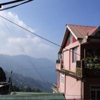 Hotel Kasturi Palace and Restaurant, hotel in Darjeeling
