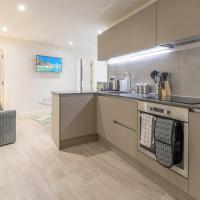 OPP Apartments LH11 - city centre, secure parking, fitness suite, brand new!