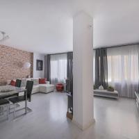 Stylish 3 Bedroom Apartment close to Sagrada Familia