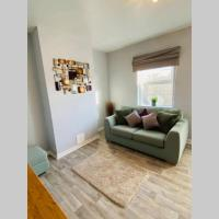 Cosy cottage in West st Leonards on Sea, hotel in Hollington