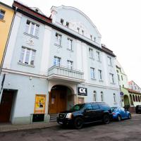 Centrum Integracji Kulturalnej Orzeł, hotel in Bolesławiec