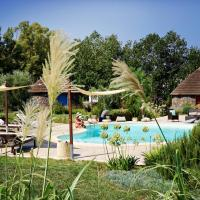 Is Cheas luxury boutique hotel and wine farm, hotell i San Vero Milis