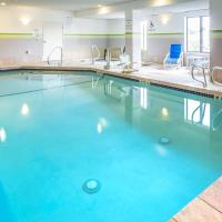 Holiday Inn Express Hotel & Suites Manchester - Airport, an IHG hotel