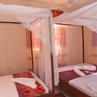 Pebbles Guest House, hotel in Diani Beach