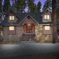 Oso Lodge W-Hot Tub and Ev Charger, hotel in Yosemite West