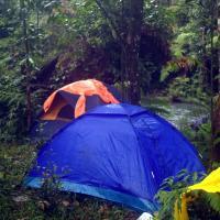Camping El Kilo, hotel em Mera
