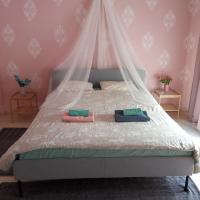 Karditsa Home Sweet Home 68 τ.μ, hotel in Karditsa