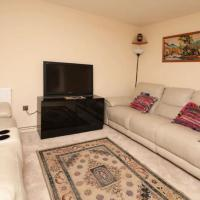 Pass the Keys - Spacious Oxford Flat nr JR and Churchill Hospital, hotel in Oxford