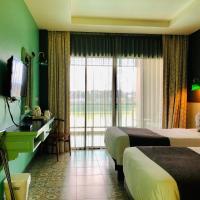 Chiangkhong Teak Garden Riverfront Onsen Hotel