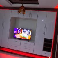 Amazing Private room- 24hrs Electricity light-Peter Odili -Port Harcourt, hôtel à Port Harcourt