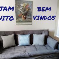 Apartamento Lindo, Ambiente Aconchegante e Completo bem Próximo à Beira-Mar Norte de Florianópolis