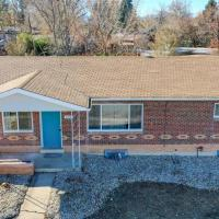 Remodeled Upper Unit in Littleton with 3 Bedrooms
