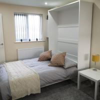 M60 Modern Studio Appartment, hotel in Denton