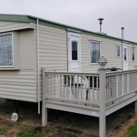 8 Berth on Northshore (The Cottage)