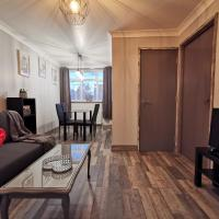 Palaz-2 bedroom flat