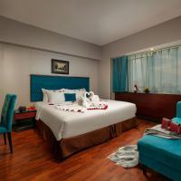 Ja Cosmo Hotel and Spa, hotel u Hanoiu