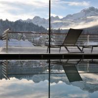 Corona Dolomites Hotel, hotel in Andalo