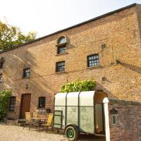 The Carriage House, Apartment Three