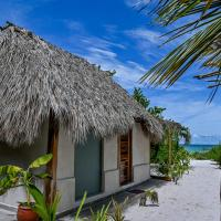 Casa Mate BeachFront Cabañas El Cuyo, hotel in El Cuyo