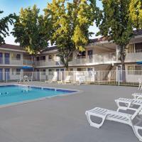 Motel 6-San Jose, CA - South, hotel in San Jose