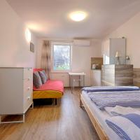 New Studio with AirCon & FREE Parking