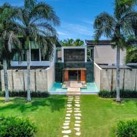 Vacation Modern Pool Villa with Maid + Basketball, Butler & 2 Golf Cars