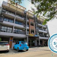 Vipa House Phuket, hotel in Chalong