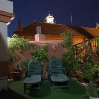 Ático San Clemente, hotel in Alameda, Seville
