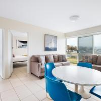 BEACHSIDE APARTMENT // 1 MINUTE TO TOWRADGI BEACH