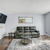 Stylish Modern House Near Ottawa, hotel near Executive Gatineau-Ottawa Airport - YND, Gatineau