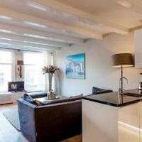 Experience an exquisite blend of 18th century Amsterdam! 4 Bedroom Duplex Penthouse